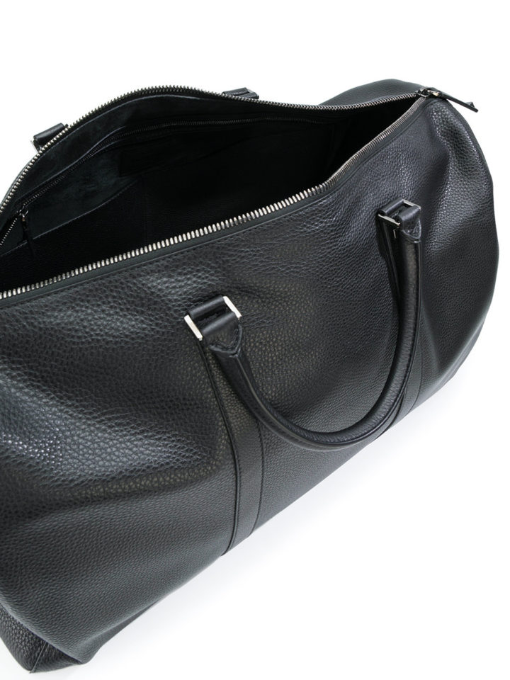 FARFETCH: Gift guide for men Valentino holdall