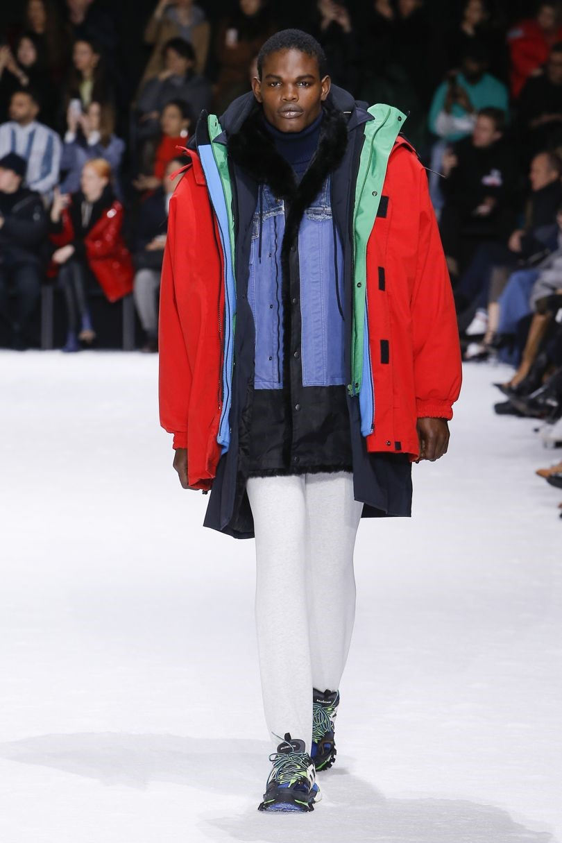 layer like Balenciaga - Balenciaga layers AW18 look 68